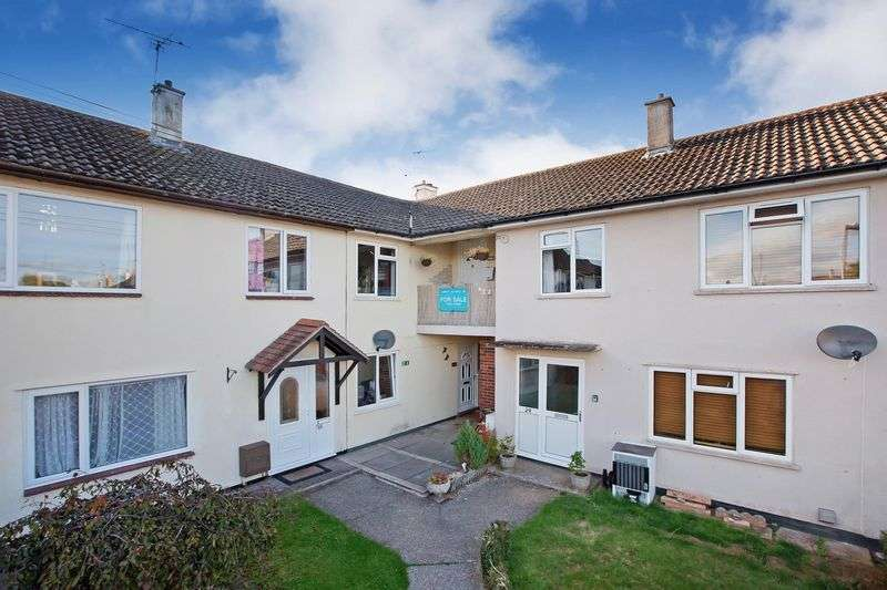 2 Bedrooms Flat for sale in Blackdown Road, Taunton