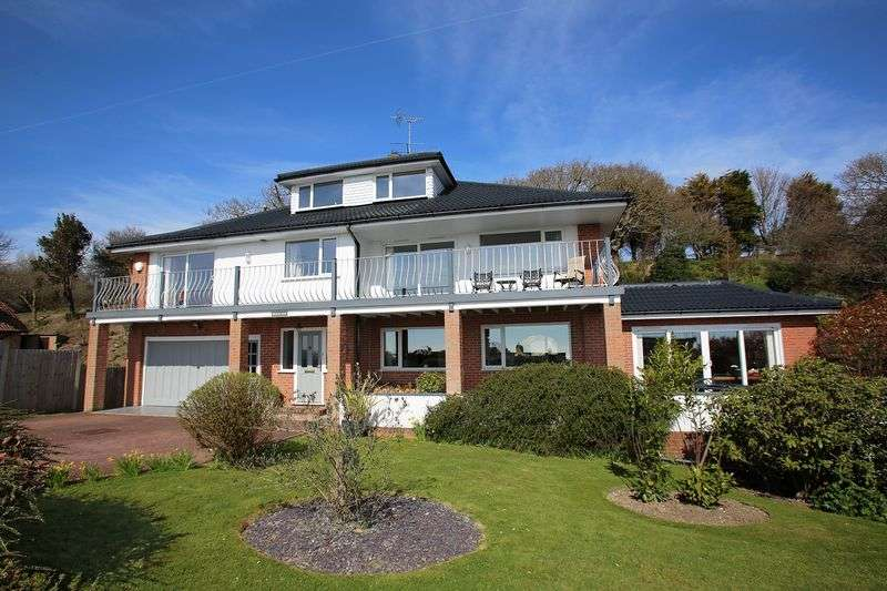 5 Bedrooms Detached House for sale in Hythe