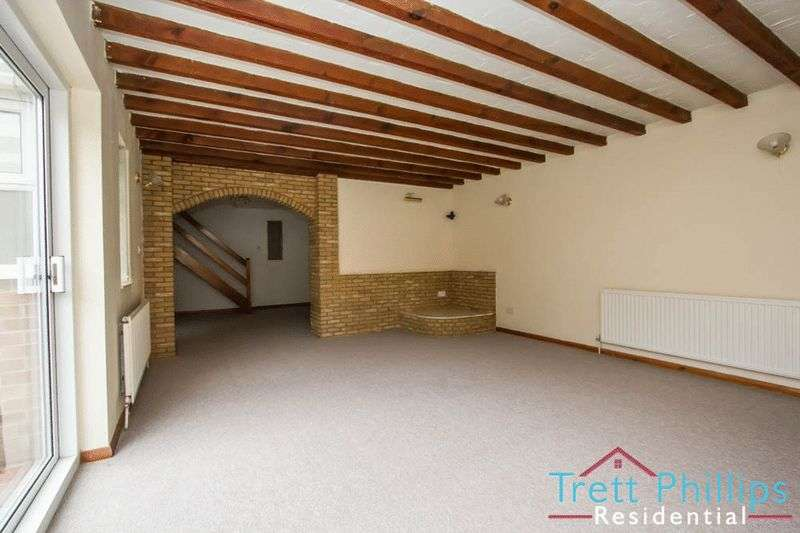 3 Bedrooms Semi Detached House for sale in Baker Street, Stalham