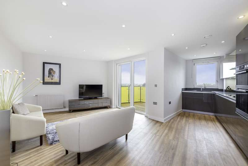 2 Bedrooms Flat for sale in Finchley Road, Childs Hill
