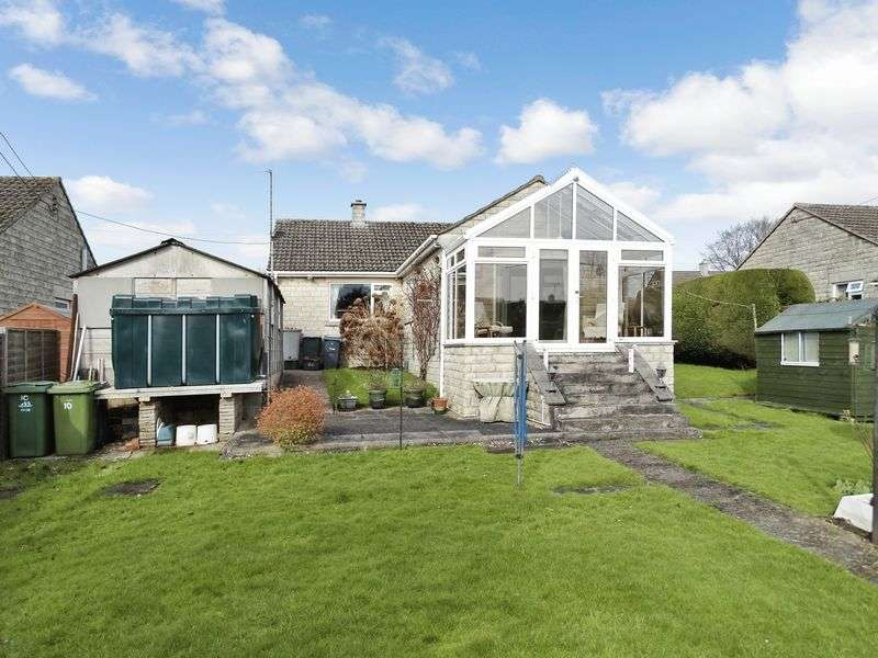 3 Bedrooms Detached Bungalow for sale in Grange Close, Whitley