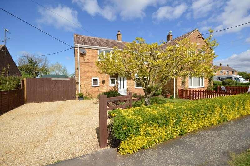 3 Bedrooms Semi Detached House for sale in Glebe Estate, Tilney All Saints
