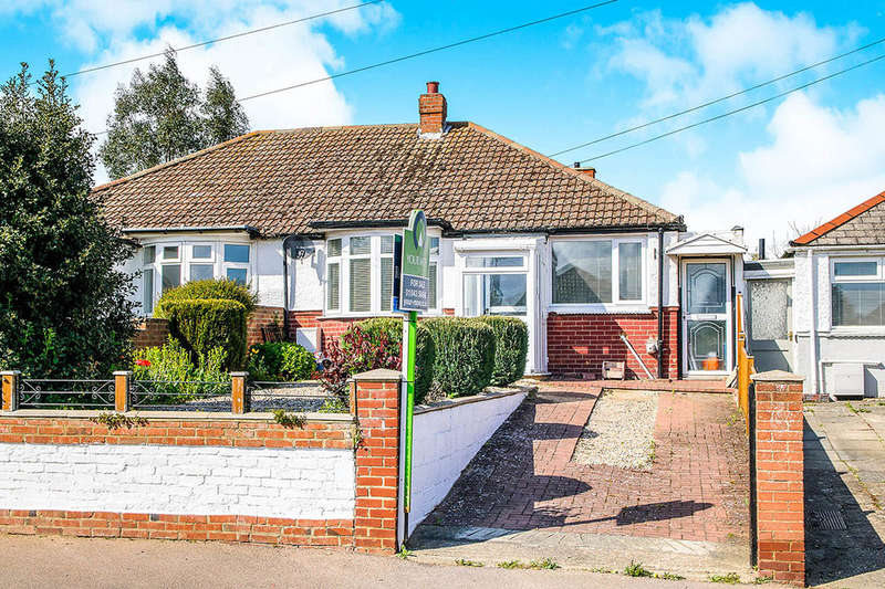 2 Bedrooms Semi Detached Bungalow for sale in Monkton Road, Minster, Ramsgate, CT12
