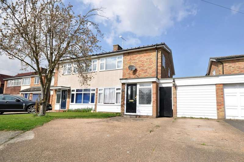 3 Bedrooms Semi Detached House for sale in Churchwell Avenue, Easthorpe, West of Colchester