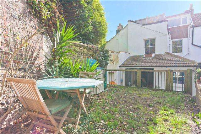 3 Bedrooms Terraced House for sale in Old Shoreham Road, Brighton