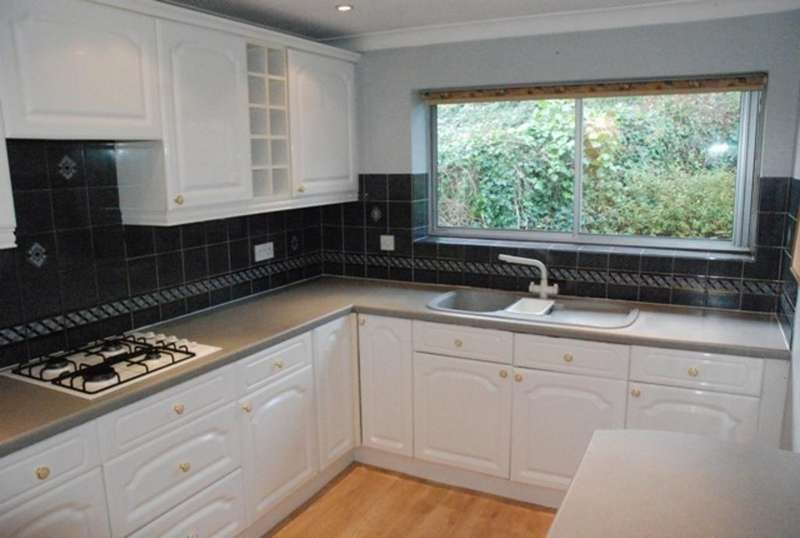 4 Bedrooms House for rent in LEAHURST COURT ROAD, BRIGHTON