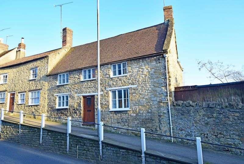 3 Bedrooms House for sale in Sherborne, Dorset
