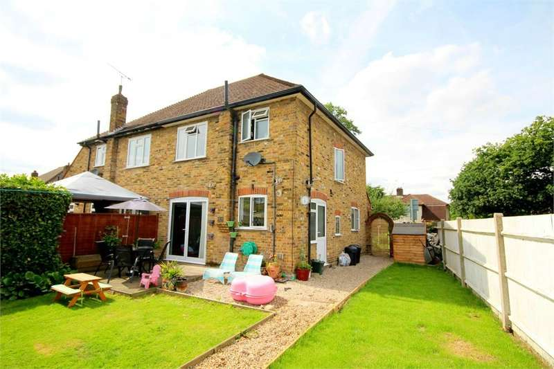 3 Bedrooms Semi Detached House for sale in Northwood Road, Harefield, Middlesex