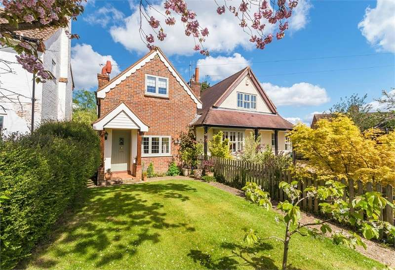 3 Bedrooms Cottage House for sale in Bottrells Lane, Chalfont St Giles, Buckinghamshire