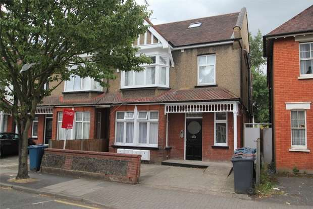 1 Bedroom Flat for sale in Hindes Road, Harrow, Middlesex