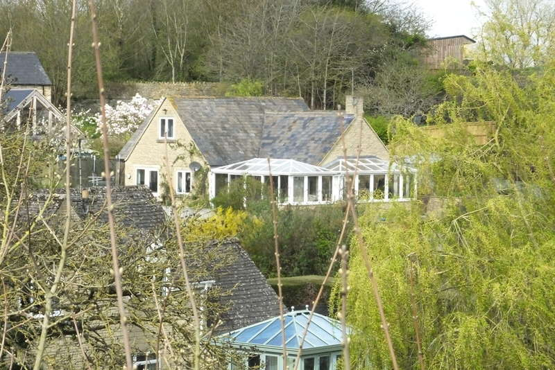 3 Bedrooms Detached Bungalow for sale in Malmesbury