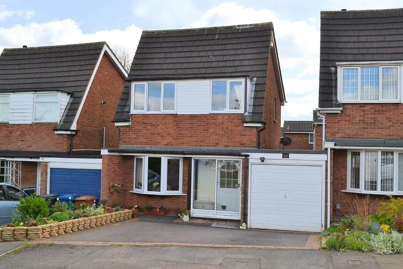 3 Bedrooms Semi Detached House for sale in Giles Road, Lichfield