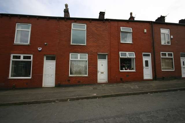 2 Bedrooms Terraced House for sale in Plodder Lane, Farnworth, BL4