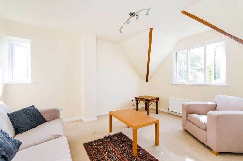 1 Bedroom Flat for sale in Rickmansworth Road, Pinner, HA5