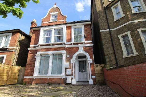 1 Bedroom Apartment Flat for sale in First Floor Flat Croydon Road, London, SE20