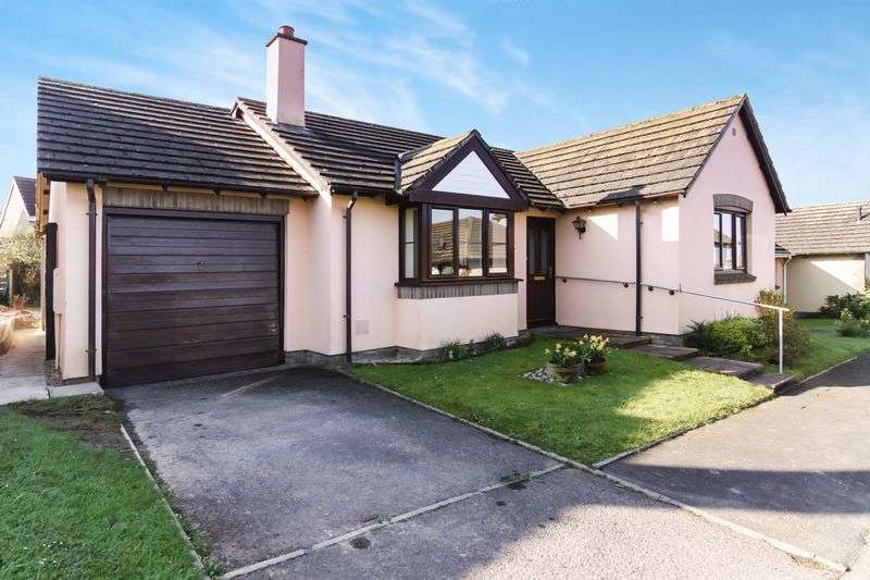 3 Bedrooms Detached Bungalow for sale in The Heathers, Okehampton