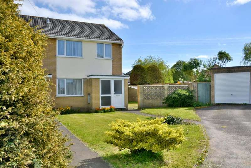 3 Bedrooms End Of Terrace House for sale in Maureen Close, Parkstone, Poole, BH12 3HG