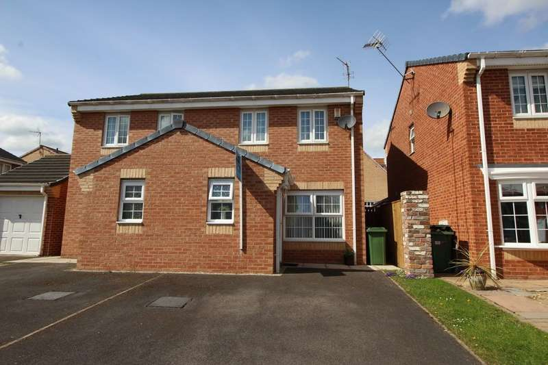 3 Bedrooms Semi Detached House for sale in Fleming Close, Stockton-On-Tees, TS19
