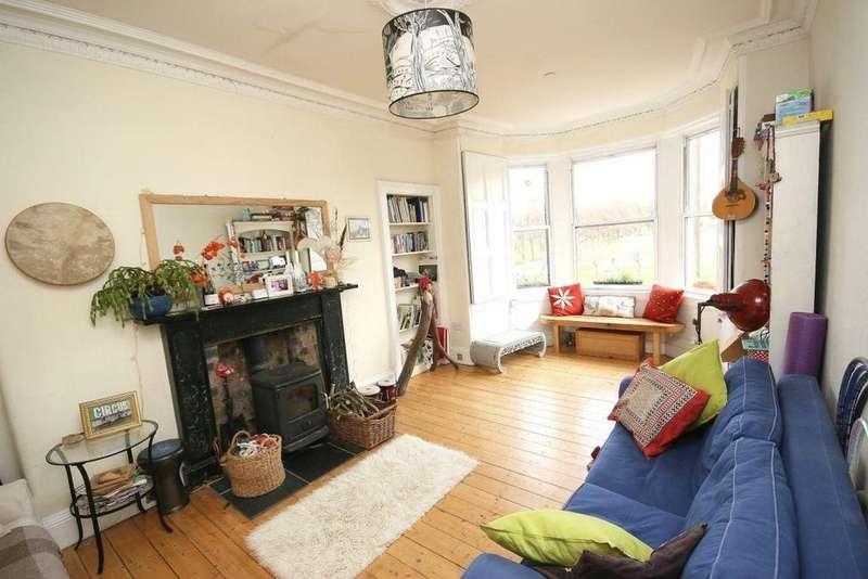 3 Bedrooms Flat for rent in Harrison Gardens, Edinburgh