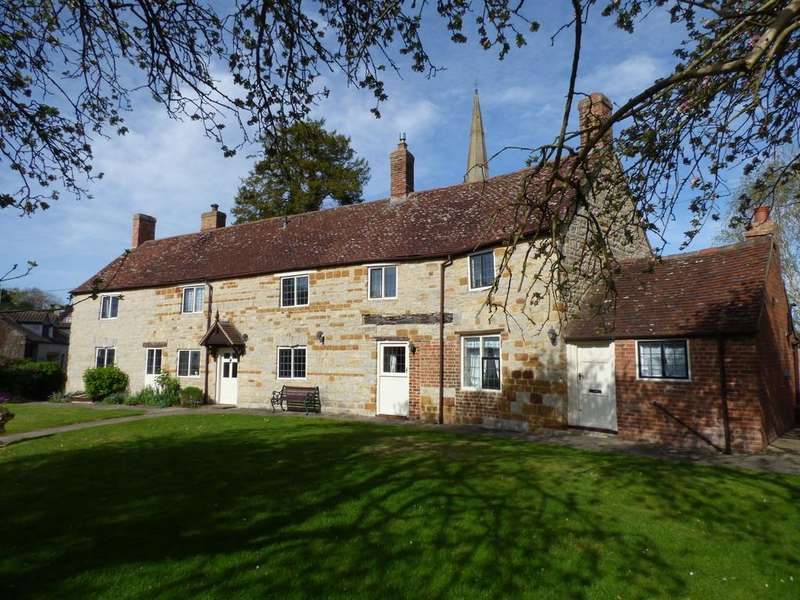 4 Bedrooms Detached House for sale in Tredington