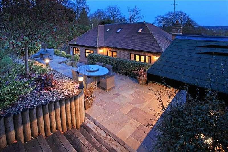 5 Bedrooms Detached House for sale in St. Michaels Drive, Otford, Sevenoaks, Kent, TN14