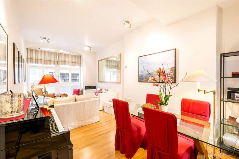 2 Bedrooms Flat for sale in Cathedral Court, 68 Carter Lane, City Of London, EC4V