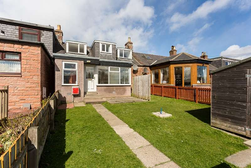 3 Bedrooms Terraced House for sale in Hobart Street, Kirriemuir, Angus, DD8 5DA