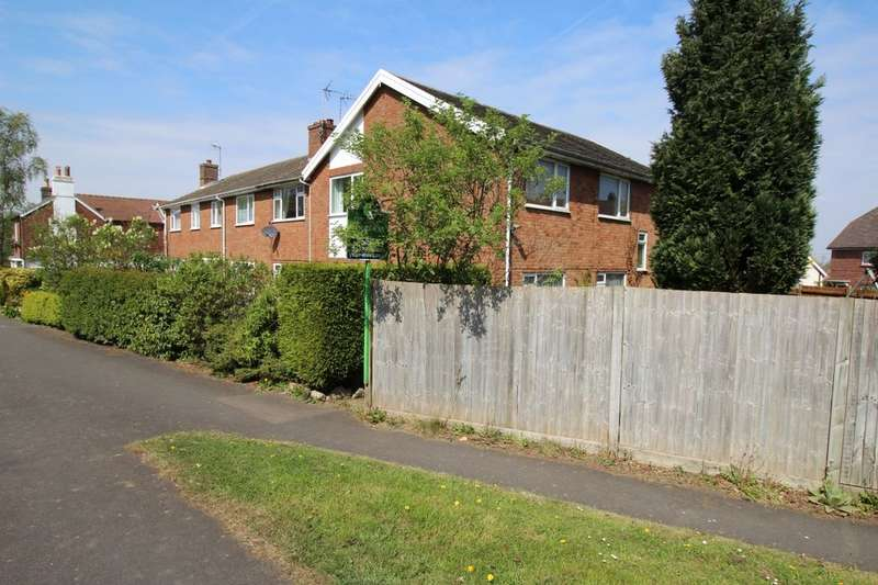4 Bedrooms Flat for sale in Hastings Road, Pembury, Tunbridge Wells, TN2
