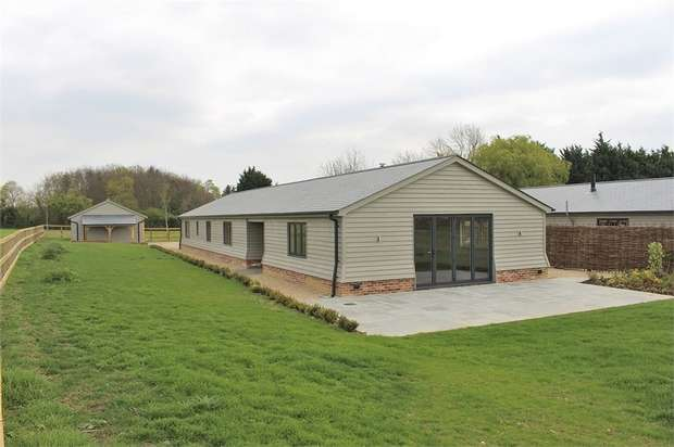 4 Bedrooms Mews House for sale in Great Easton, Great Dunmow, Essex