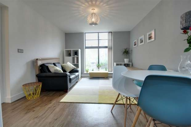 2 Bedrooms Flat for sale in Water Street Court, 58 Water Street, BIRMINGHAM, West Midlands