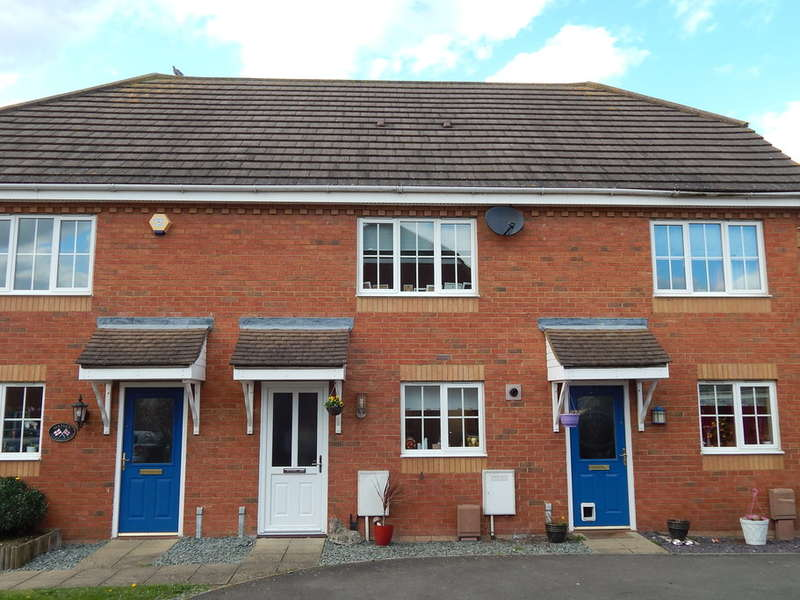 2 Bedrooms Terraced House for sale in Sunderland Place, Shortstown, MK42