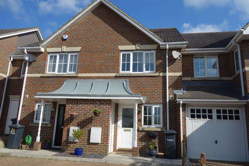 2 Bedrooms House for sale in Littlestock Road, West Cheshunt