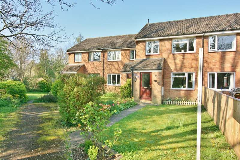 3 Bedrooms Terraced House for sale in The Paddocks, Yarnton