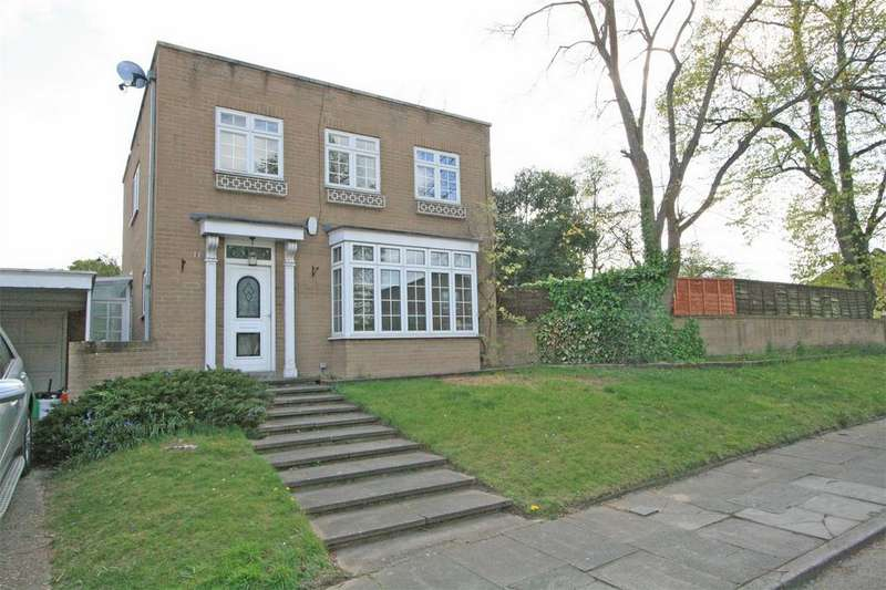 4 Bedrooms Detached House for sale in Kinnaird Close, BROMLEY, Kent