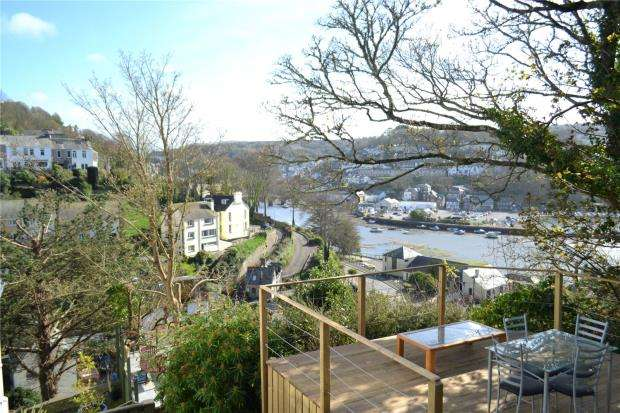 2 Bedrooms Flat for sale in Berkeley Court, Shutta, Looe, Cornwall