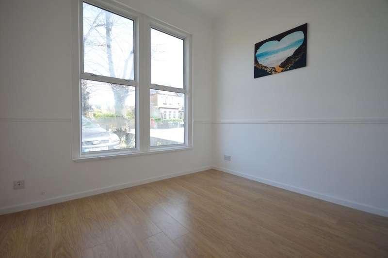 1 Bedroom Flat for sale in Wellmeadow Road Catford SE6