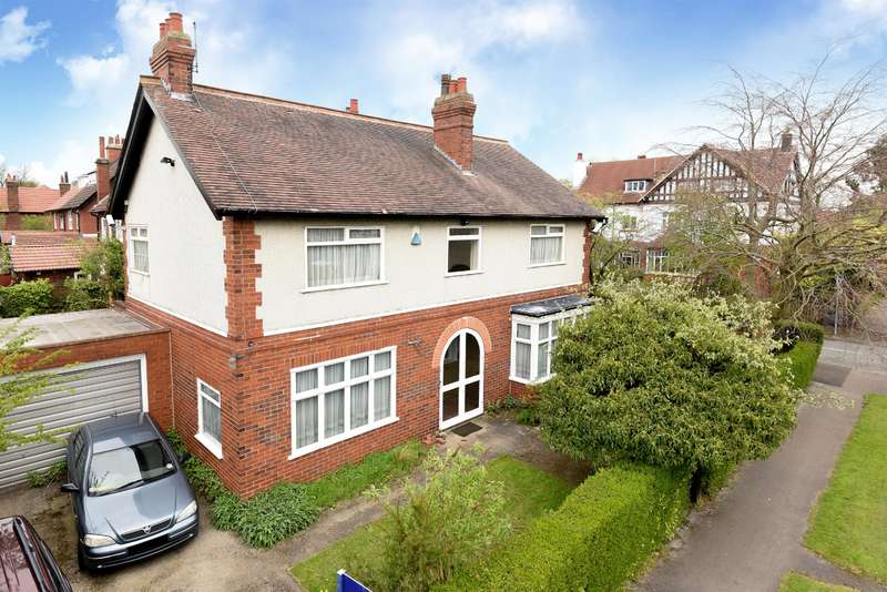 5 Bedrooms Detached House for sale in West Parade, Leeds, LS16 5AZ