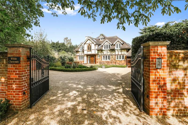 5 Bedrooms Detached House for sale in Bisham Road, Marlow, Buckinghamshire, SL7