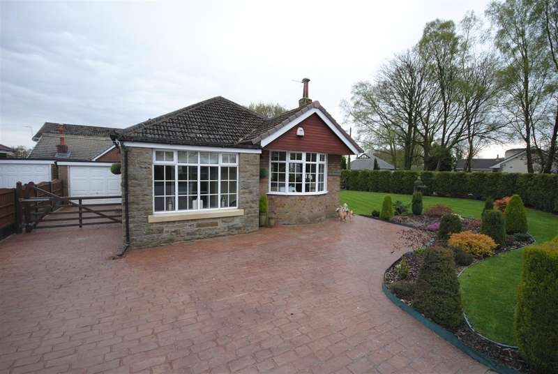 2 Bedrooms Detached Bungalow for sale in Green Lane, Standish, Wigan