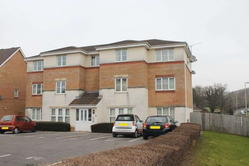 2 Bedrooms Flat for sale in Clos Springfield, Talbot Green, CF72 8FE