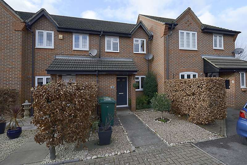 2 Bedrooms Terraced House for sale in Saddlebrook Park, Sunbury-on-Thames, Surrey, TW16