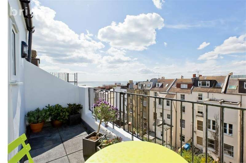 2 Bedrooms Flat for sale in St Michaels Place, Brighton, East Sussex