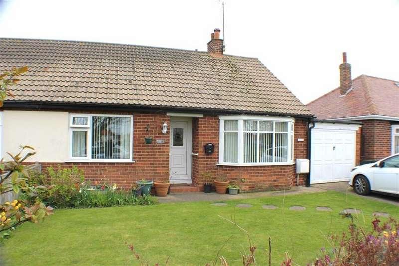 2 Bedrooms Semi Detached Bungalow for sale in Mereside, Flamborough, East Yorkshire