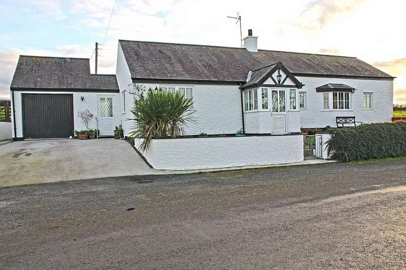 2 Bedrooms Cottage House for sale in Llanfachraeth, Holyhead, North Wales