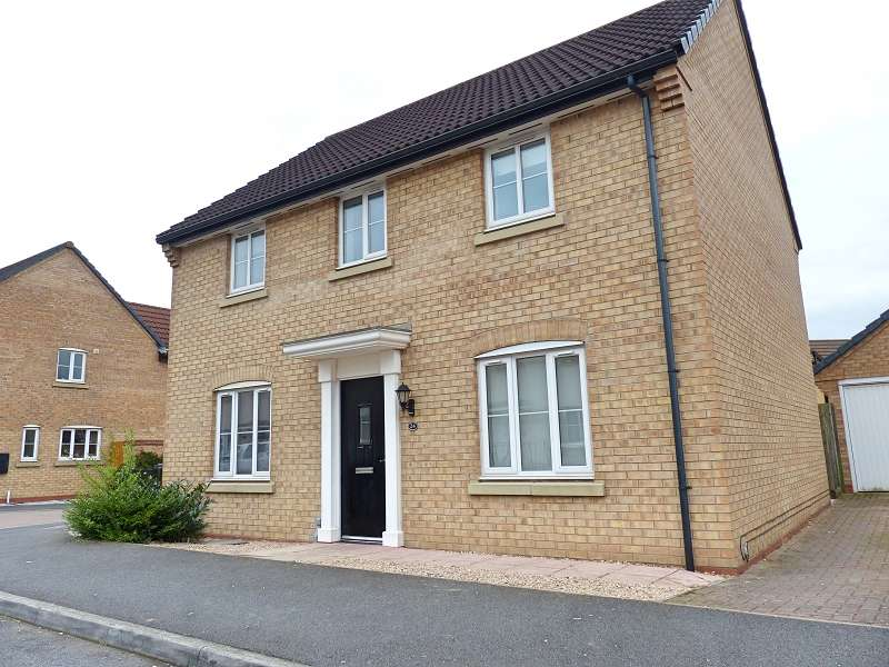 4 Bedrooms Detached House for sale in Ruster Way, Hampton Hargate, Peterborough, PE7 8HL