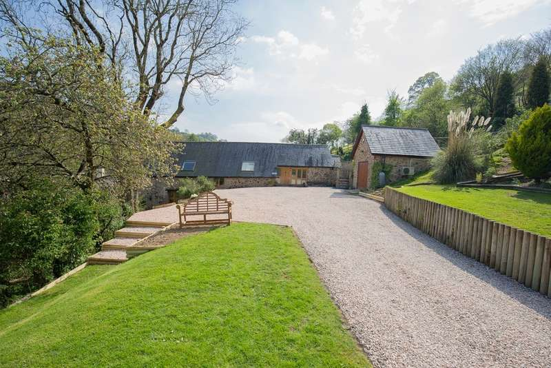 3 Bedrooms Unique Property for sale in Hillside Barn, Stancombe Farm, Liverton