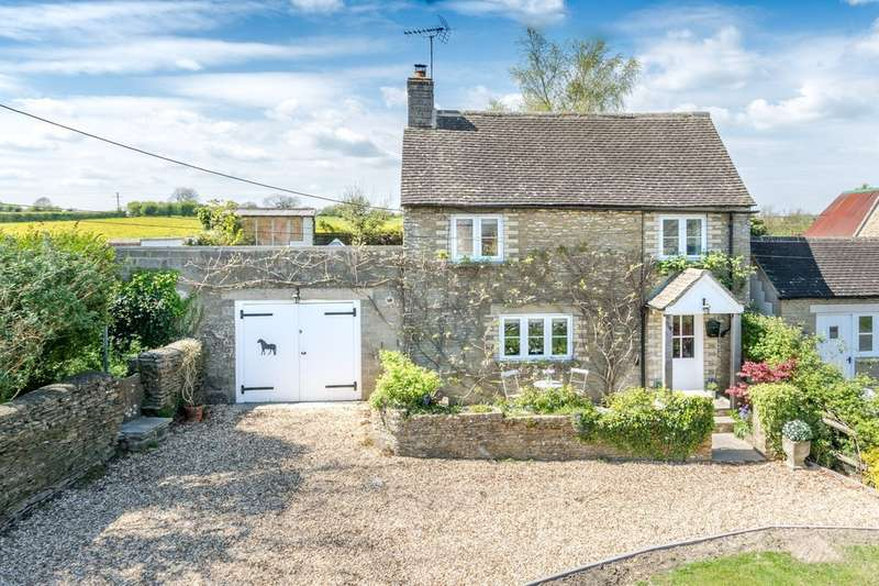 3 Bedrooms Detached House for sale in Cutwell, Tetbury