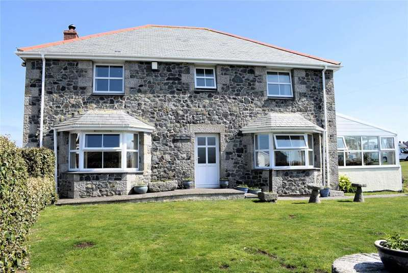 4 Bedrooms Detached House for sale in Pentreath Lane, The Lizard, Cornwall