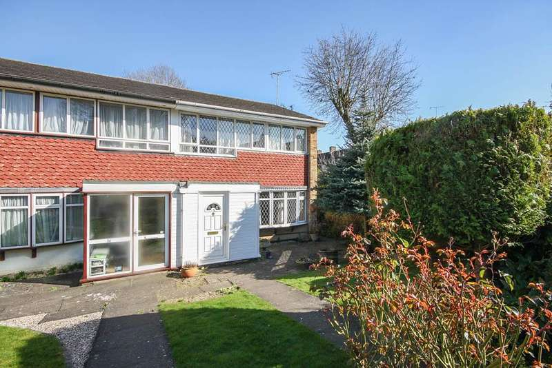 3 Bedrooms Semi Detached House for sale in Lower Cloister, Billericay CM11