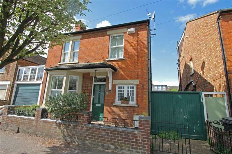 4 Bedrooms Property for sale in Pembroke Street, Bedford